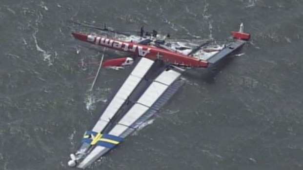 [BAY] Raw Video: Sailor Dies After America's Cup Boat Capsizes