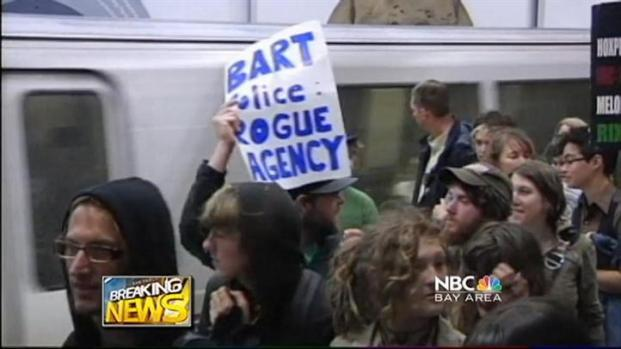 [BAY] Video: Protesters Stop BART Train