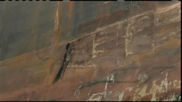 [BAY] Raw Video: Tanker Nicks Bay Bridge