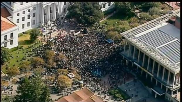 [BAY] Raw Video: Occupy Cal Draws Hundreds