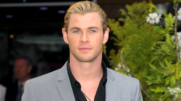 "[IVIL] ""Snow White"" Star Chris Hemsworth: Kristen Stewart Gave Me a Black Eye"