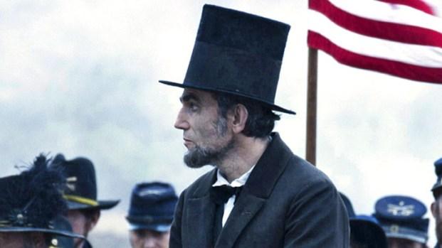 "[NY] Joseph Gordon-Levitt: Daniel Day-Lewis Gives an Accurate Portrayal as ""Lincoln"""