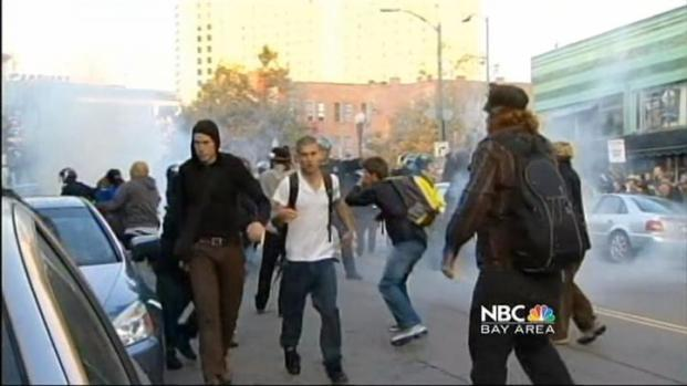 [BAY] Oakland Police Moves Occupy Oakland Out