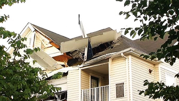[DC] Plane Runs Out of Fuel, Crashes Into Apartment