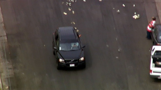 [LA] Cash Tossed From SUV During Los Angeles Pursuit