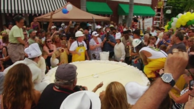 [NATL-V-MI] Massive Key Lime Pie Created in Key West