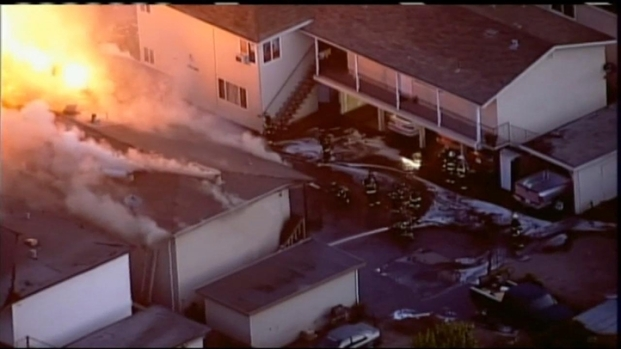 [BAY] RAW VIDEO: 3-Alarm Blaze Near Redwood City School