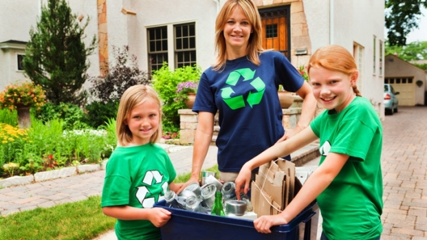 [NATL] Teaching Kids to Recycle