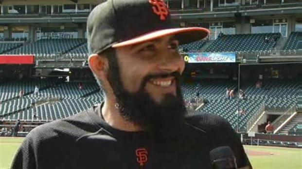 [BAY] Raw Video: Romo Explains His 3 1/2 Inch Beard
