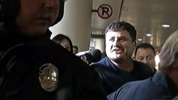 "[LA] Fugitive Led Life of ""Average Citizen"" Before Takedown Outside Apartment"