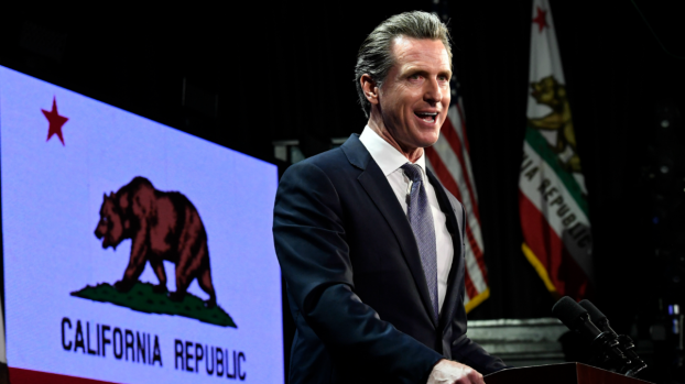 [BAY] From Brown to Newsom, California to See New Style, Substance