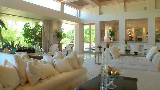 Square Feet: Indian Wells Home For a Life of Leisure