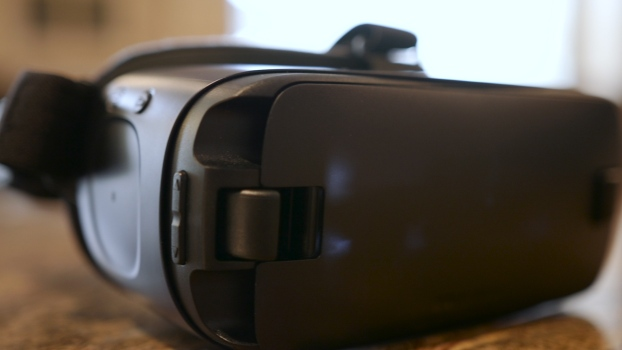 Using Virtual Reality to Tour a Home