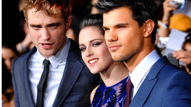 "The ""Twilight"" Cast on Gift-Giving"