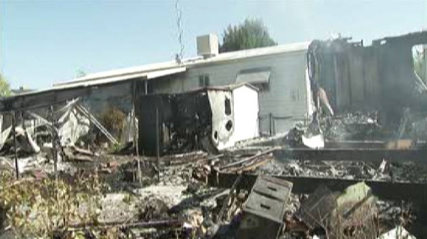 4 Homes Destroyed in Mobile Home Park Fire