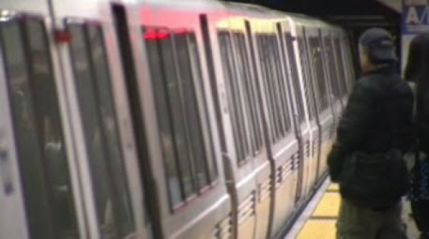 [BAY] BART Strike Impacts 4th of July Celebrations in SF