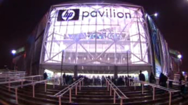 [BAY] Fans Pack H.P. Pavilion for Sharks Home Opener