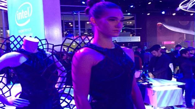 CES: Intel Unveils the 'Smart Dress'