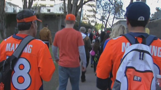 Huge Crowds Touchdown in Bay Area for Super Bowl Weekend