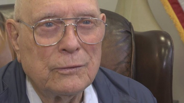 WWII Medal of Honor Recipient Visits Bay Area