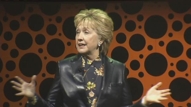 Hillary Clinton Empowers Women at Bay Area Businesswomen Conference