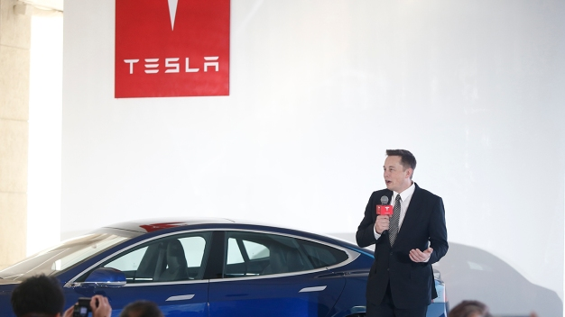 Tesla Forms Committee to Assess Proposal to Go Private