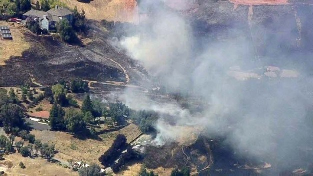 Cal Fire, SJFD Contain Brush Fire