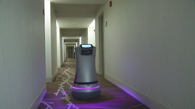 Hotels Get Delivery Robots Thanks to Bay Area Startup