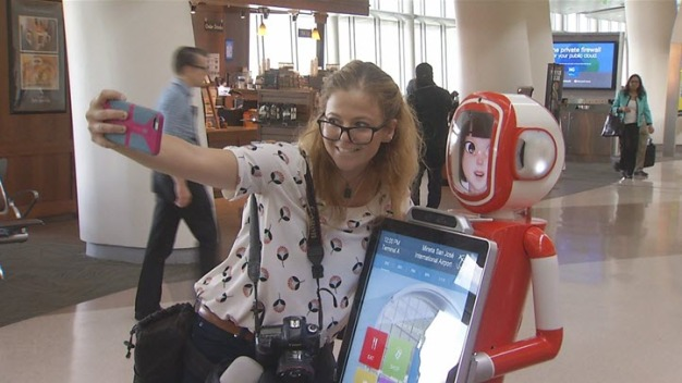 San Jose Airport Unveils Robots to Help Passengers