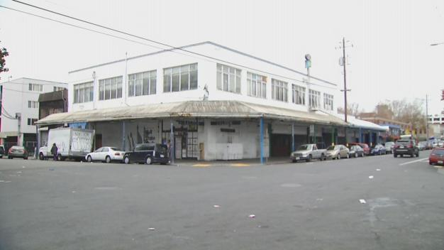 Oakland Restaurant Owner Worried About Warehouse Next Door