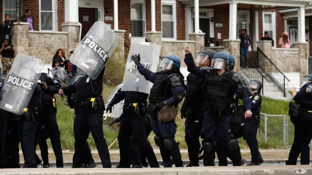 7 Officers Hurt in Baltimore Riot Near Freddie Gray Funeral