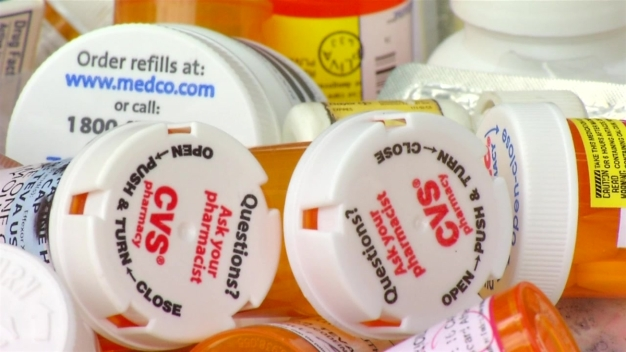 California Pharmacies Urged to Translate Drug Labels