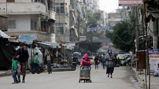 Syrian Civilians Leave Crumbling Rebel Enclave in Aleppo