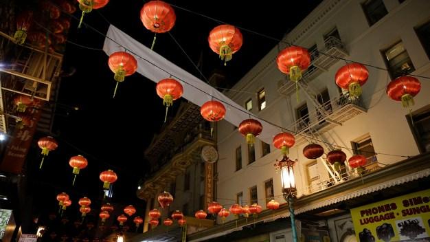 San Francisco's Chinatown: Night Scenes From Grant Avenue