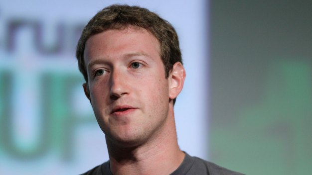 Zuckerberg to Raze, Replace Four Homes Surrounding His Palo Alto Property