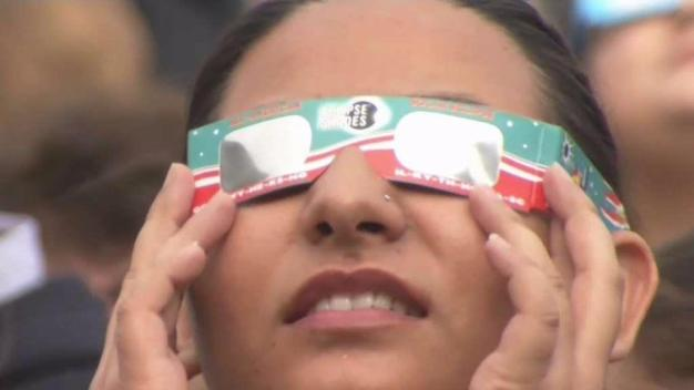 Doctors Treating People Who Viewed Eclipse With Naked Eye