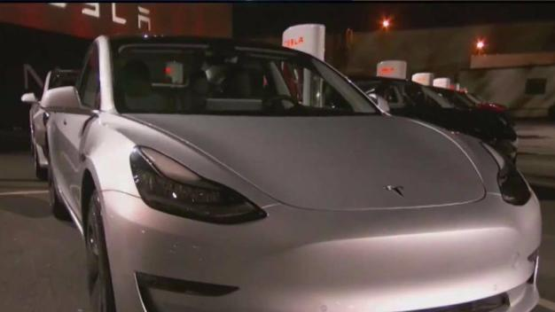 Elon Musk Hands Over First 30 Model 3s