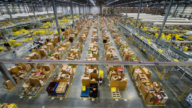 With Christmas Nearing, Retailers Feel Pressure to Deliver