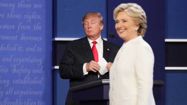Day After Debate, Trump, Clinton Square Off at Roast