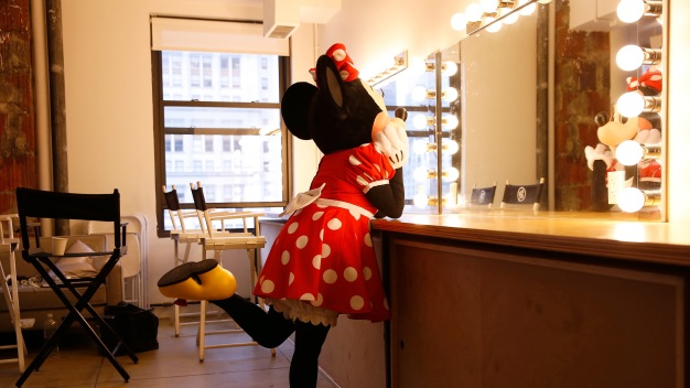 Disney Fans, Rejoice: Minnie Mouse to Get Walk of Fame Star