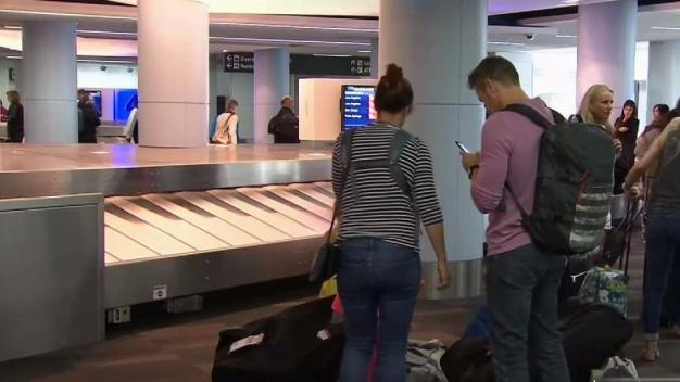 Holiday Travel Tips to Avoid Flight Delays