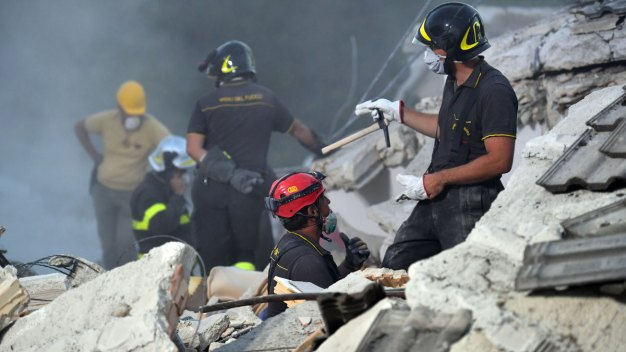 Officials Pledge to Rebuild After Italy Quake