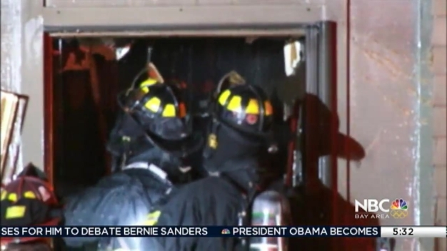 A 2-Alarm Fire Injures Firefighter in Alameda