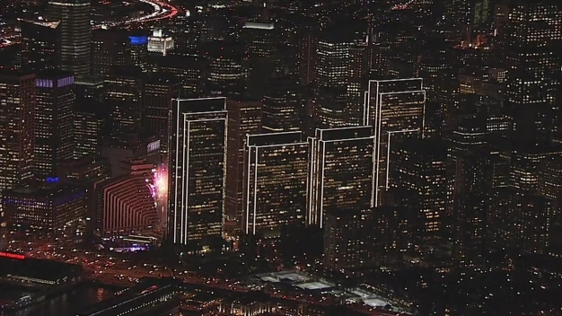 RAW VIDEO: Embarcadero Center Building Lighting Ceremony
