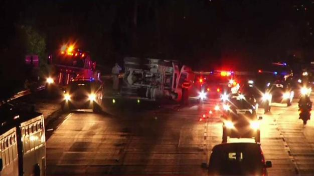 Overturned Truck Causes Delays on Highway 101 in SF