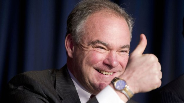 Kaine Returns to Longtime Parish to Attend Mass