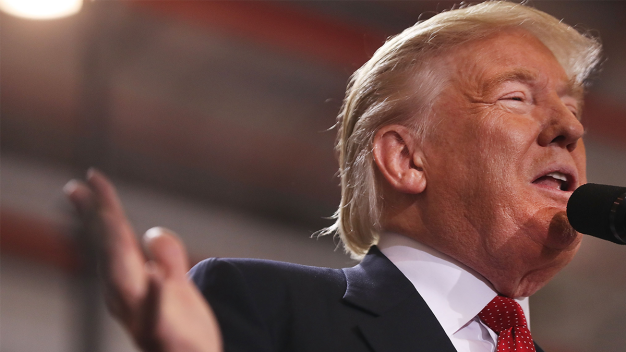 Trump to Hold Rally in NH