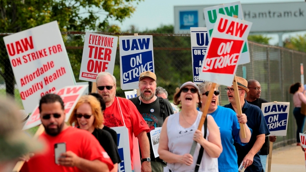 United Auto Workers Strike Against GM May Be Headed to Day 8