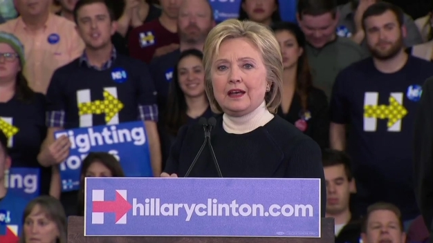 Clinton Concedes New Hampshire Primary to Sanders