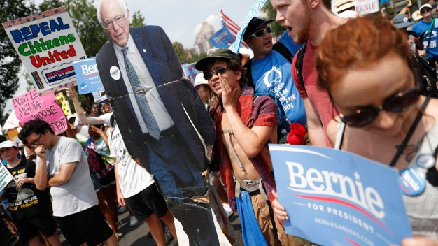 Sanders Fans Plan More Protests as DNC Heats Up